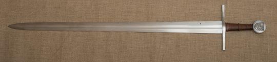 Épée : G. Fabre ; Gravure : S. Bougault ; Fourreau : D. Humbert